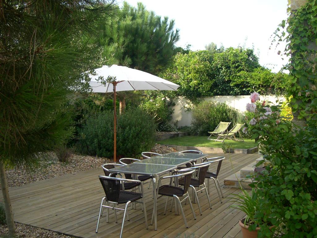 Am nagement de terrasses et balcons le jardin de poliphile for Drainage autour d une terrasse