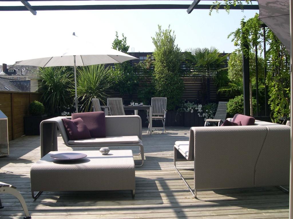 am nagement de terrasses et balcons le jardin de poliphile. Black Bedroom Furniture Sets. Home Design Ideas